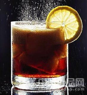 常喝碳酸饮料儿童更易出现攻击性