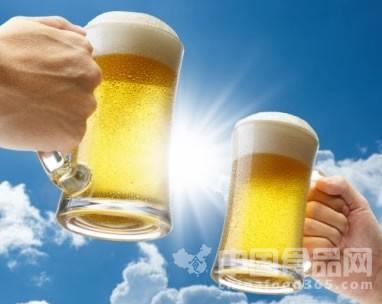 爱喝啤酒的女性患中风风险较高